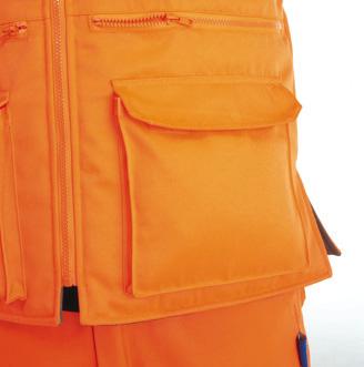 GN210RV – Rail Cargo Bodywarmer w/ Thermal insulation & Twin needle stitching