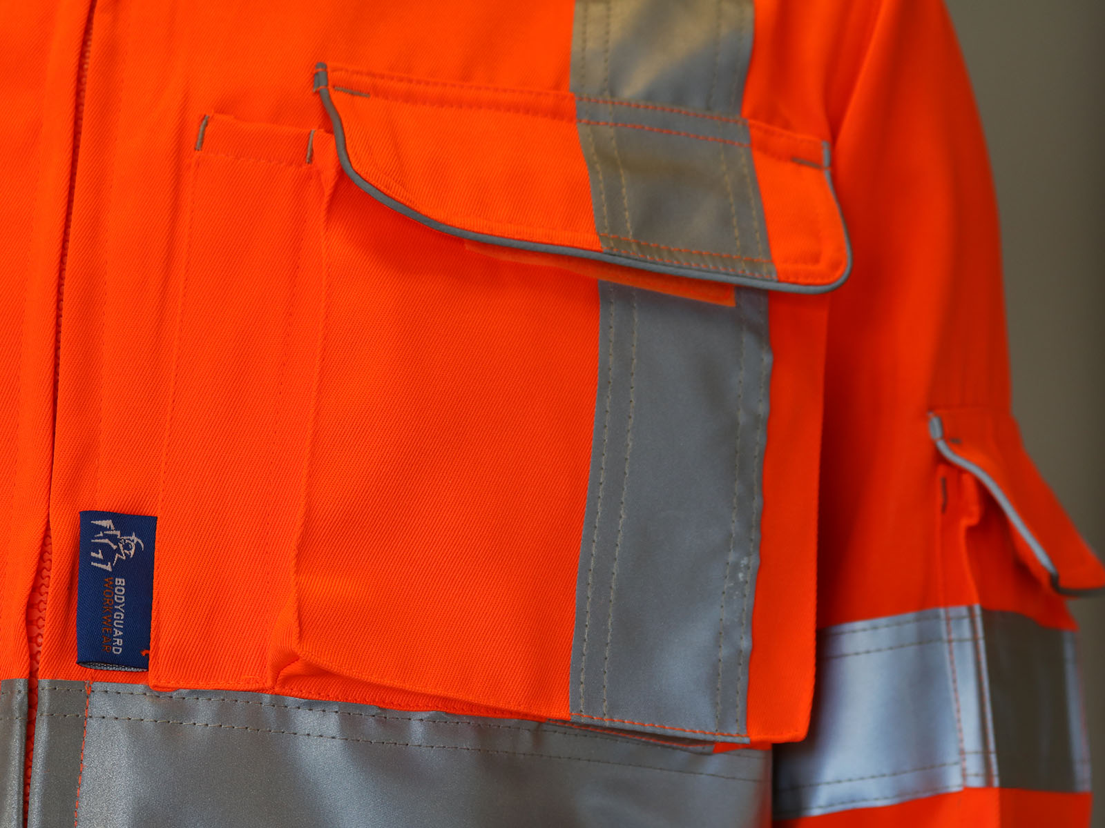 GN600 – Rail Drivers Jacket w/ Twin needle stitching, Cargo & Mobile phone pockets  -1